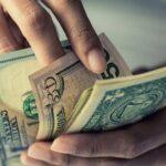 ¿Son los depósitos en dólares una buena opción